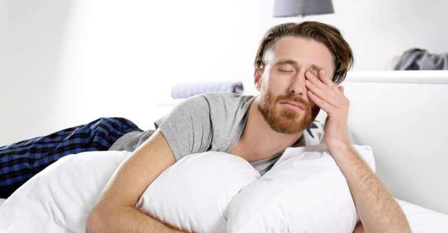 parpado hinchado al despertar