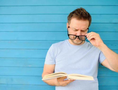 Presbicia o vista cansada, qué es y cuáles son los primeros síntomas